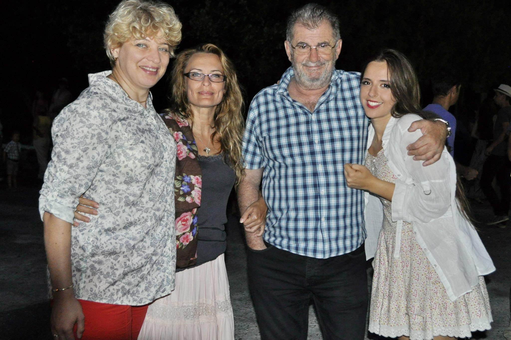 Daciana, actuala parteneră de viață a lui Florin Zamfirescu (prima din stânga)