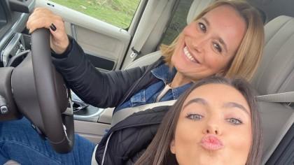 IMAGINI INTERZISE! Andreea Esca și fiica ei Alexia au pozat GOALE! Fotografiile sunt pe tot internetul: