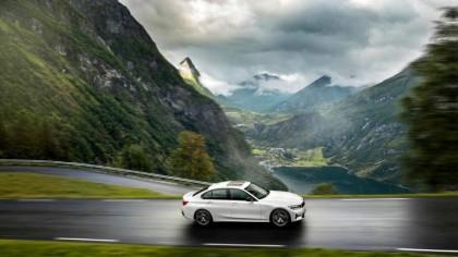 BMW vrea să dea lovitura concurenței! Modelul care va lua fața tuturor: Va fi mașina anului