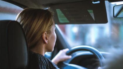 Mașina poate fi un pericol în timpul verii! Aceste piese se pot deteriora de la căldură