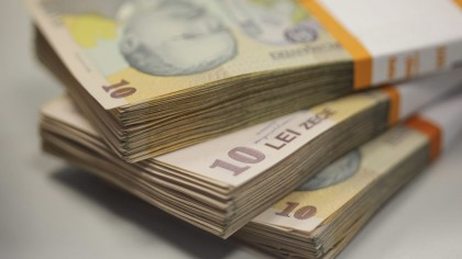 SE DAU 500 de lei de persoană! Orice român îi poate obține. Poți aplica de pe 15 decembrie