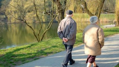 Anunț bombă despre pensii. Ce se va întâmpla cu pensiile până în 2050? Criză majoră