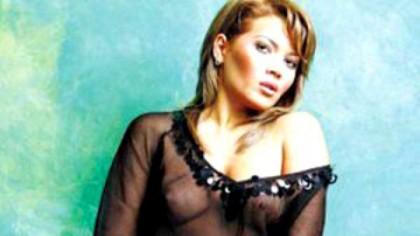 IMAGINI FIERBINȚI! Top 30 cele  mai sexy poze cu Gina Pistol!