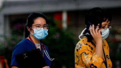 Momente de panică la un spital din Hong Kong. Pacient infectat cu coronavirus, repartizat în salonul greşit