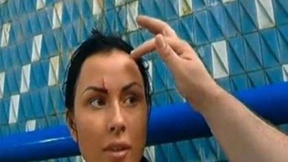 Daniela Crudu, prima poză după ce a fost bătută măr de iubitul croat! Ce a distribuit vedeta pe internet