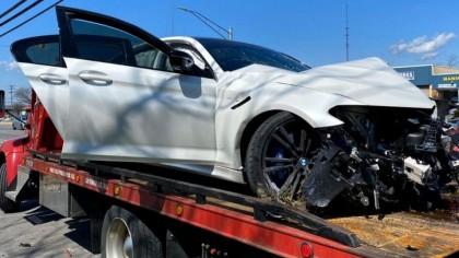 Și-a luat un BMW M5 nou-nouț, dar l-a făcut praf imediat ce a ieșit pe poarta dealerului. Cum s-a întâmplat totul