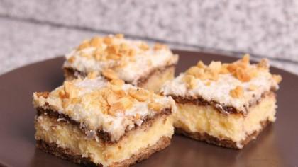 N-ai mai gustat niciodată un desert așa bun: prăjitură cu foi de bezea și nuci