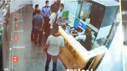 """Imaginile de pe camerele de supraveghere cu scandalul provocat de cei 2 deputați PSD: """"Totul este un abuz…"""". VIDEO"""