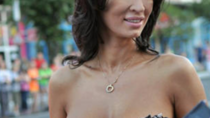 Se întoarce în televiziune!? Vedeta cu cei mai mari sâni din România a impus condiții clare