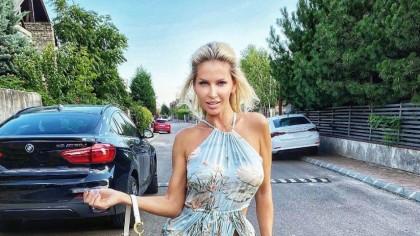 FOTO. Andreea Bănică, fără lenjerie intimă pe ea! Rochița a lăsat totul la vedere