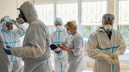 Când va începe să scadă numărul de infectări. Supoziţia managerului spitalului Victor Babeş din Bucureşti