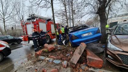 Detaliul neștiut despre Mercedes-ul implicat într-un accident tragic în București