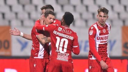 Antrenor la Dinamo. Tehnicianul plecat cu scandal, înlocuitorul lui Mulţescu. Informaţii de ultimă oră din