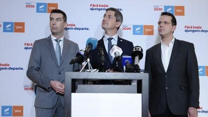 """Ameninţări cu ruperea coaliţiei de guvernare după demiterea lui Voiculescu. """"Sunt colegi care susţin ieşirea USR de la guvernare"""""""