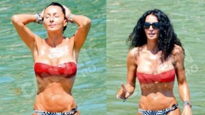 AAAI, MAMACITA! Mihaela Rădulescu, cu sânii la vedere, într-un costum de baie transparent!