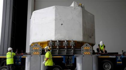 Cel mai PUTERNIC MAGNET din lume! Efectiv poate să RIDICE un portavion! Care este SCOPUL REAL al proiectului?